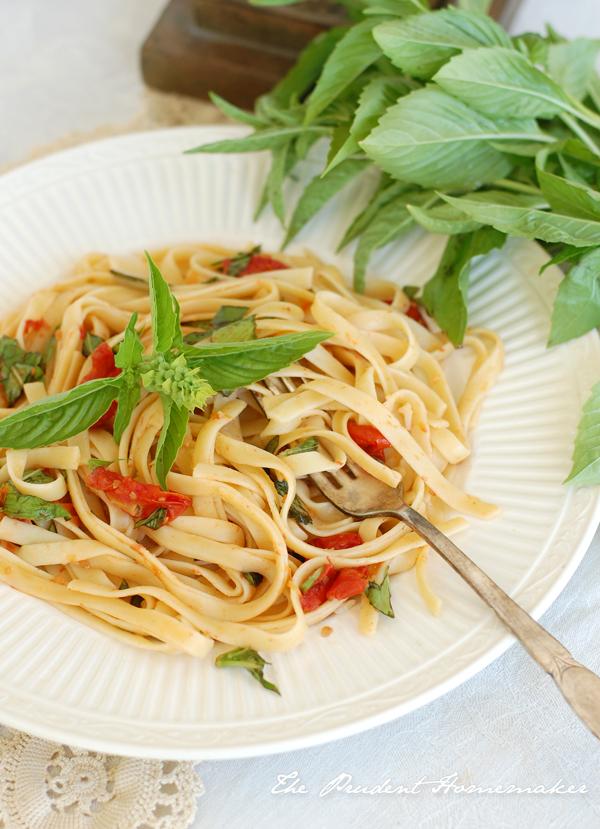 Roasted Tomato and Basil Fettucini The Prudent Homemaker