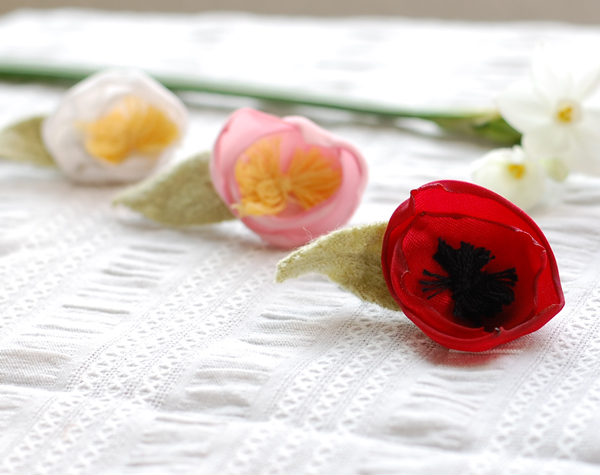 A Gift a Day: Day One–Flower Barrettes