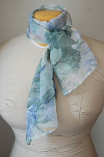 A Gift a Day: Day Two–Scarves