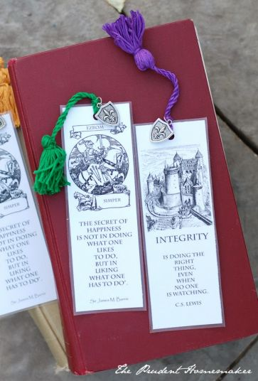 A Gift a Day: Day Nine: Medieval and London Bookmarks