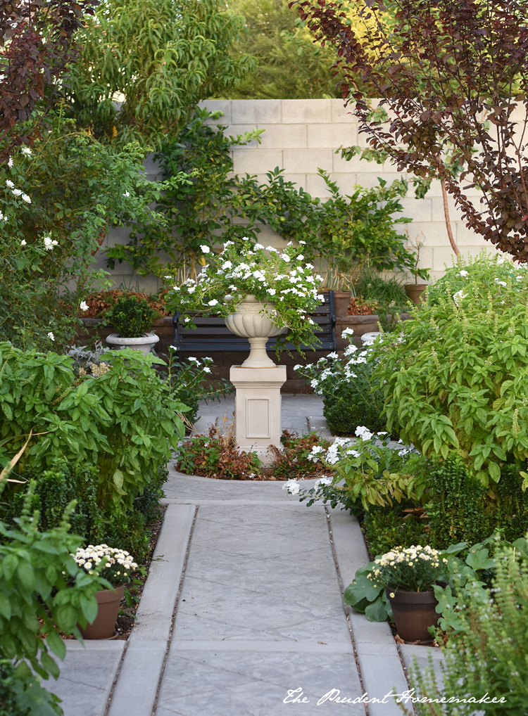 White Garden in Early October The Prudent Homemaker