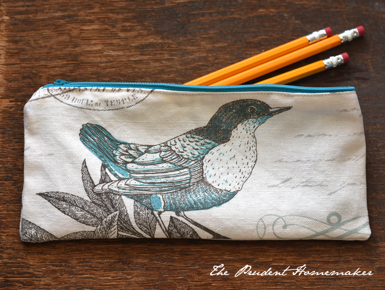 A Gift a Day: Day Seven: Pencil Bag