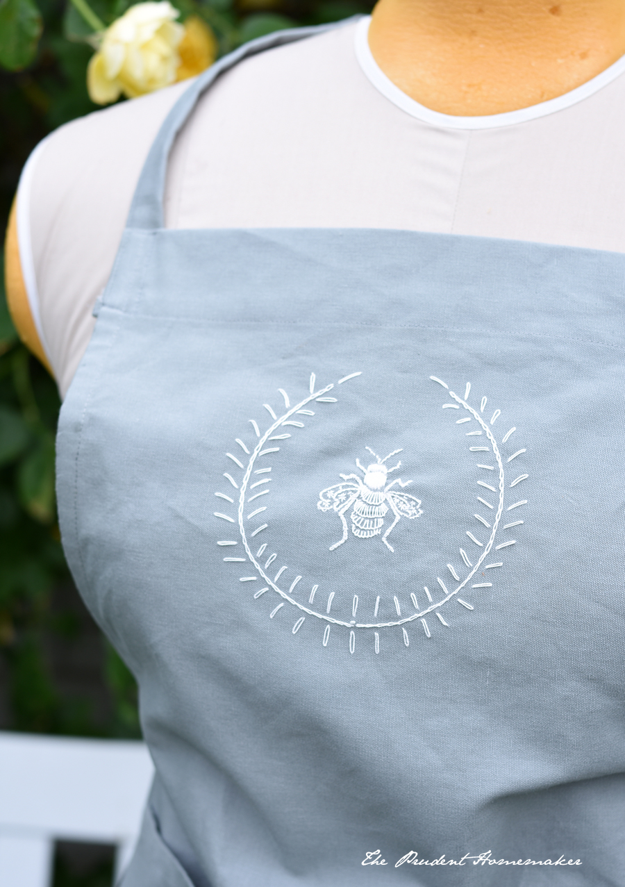 Bee Apron Detail The Prudent Homemaker