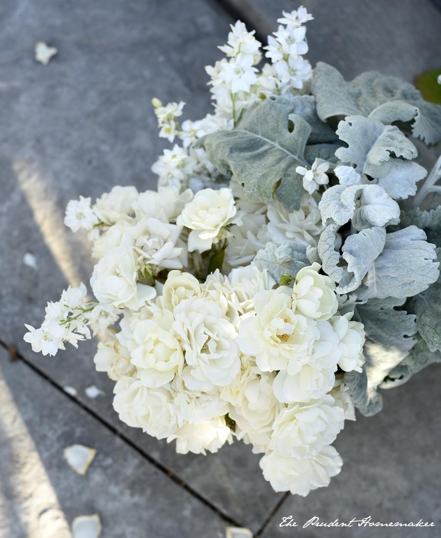 June White Flowers The Prudent Homemaker