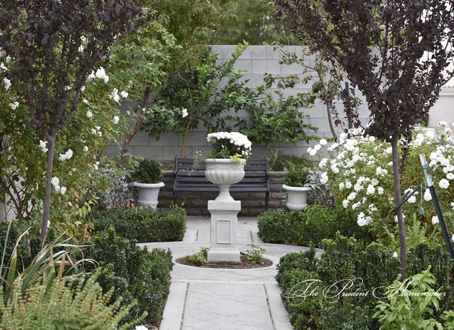 White Garden in late October The Prudent Homemaker